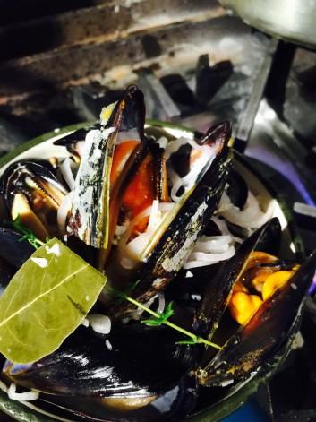伊根湾の岩牡蠣とムール貝の話